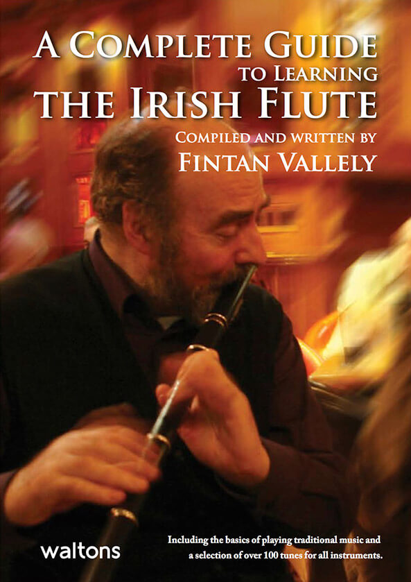 A Complete Guide to Learning the Irish Flute CD付き - Fintan Vallely 著(英文)